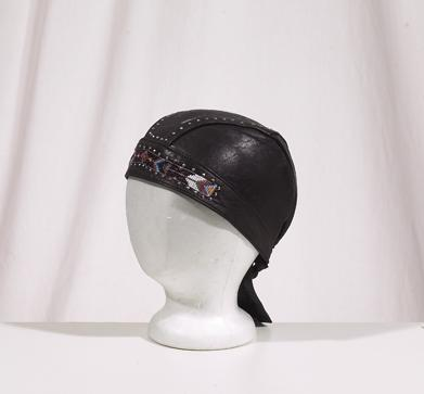 AC007-12<br>Skull Cap W/ Beads And Studs