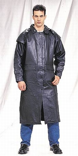DTH600<br>Mens black duster zipout lining, leg straps, removable leather cape