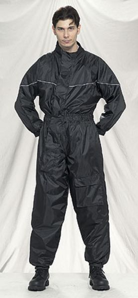 RS21-1pc<br>1-pc Rain suits folds up in very small pack
