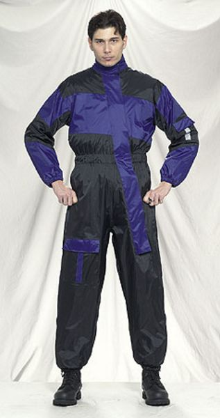 RS22-1pc<br>1-pc Rain suits folds up in very small pack