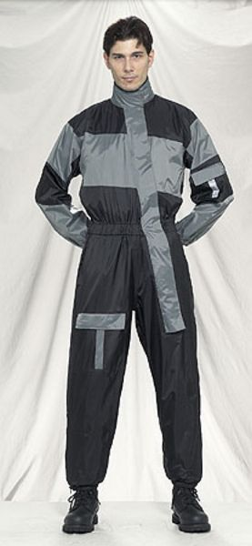 RS23-1pc<br>1-pc Rain suits folds up in very small pack