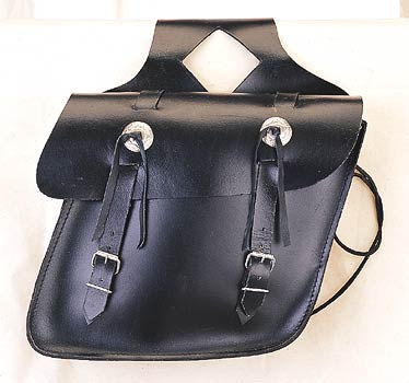 Leather saddle bag plain w/concho,slant